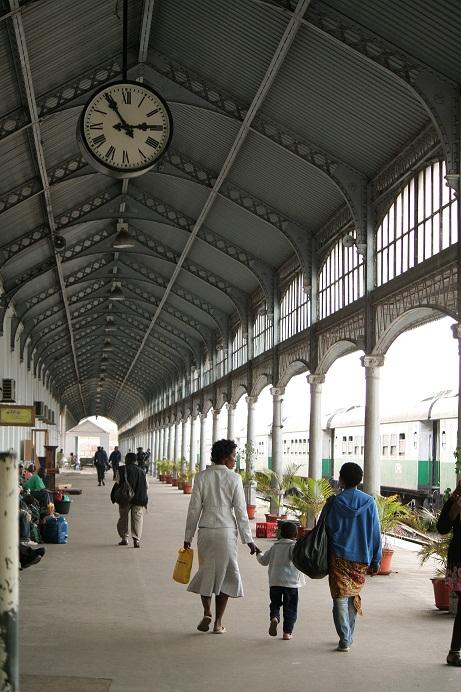 estação de trem de maputo cfm