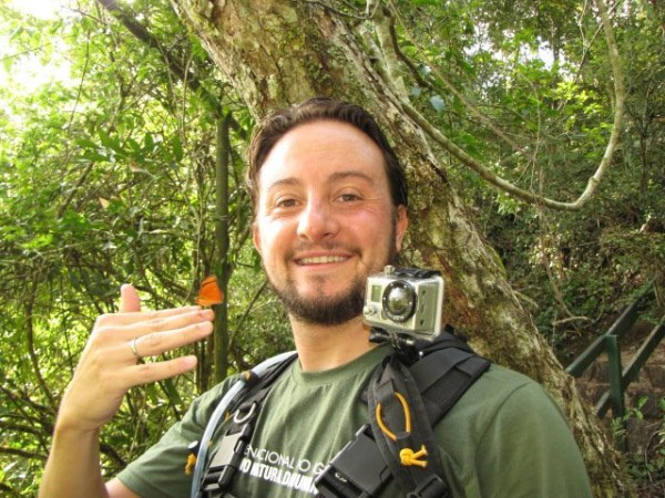 O Daniel viaja com várias câmeras a tira colo