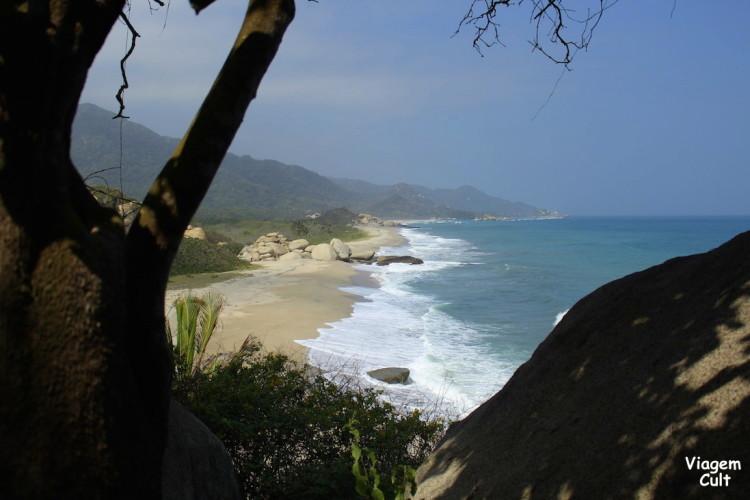 Vista da caminhada da entrada ao Cabo San Juan