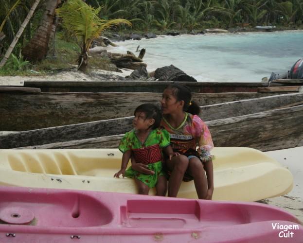 Kunas, os donos das ilhas.