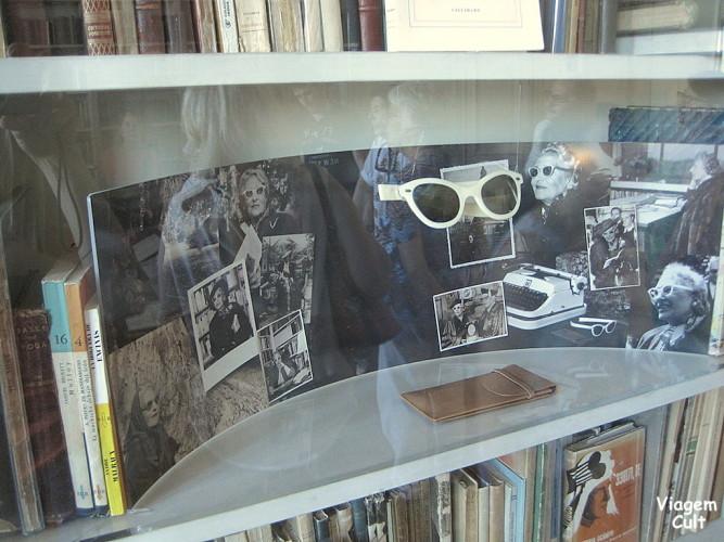 Esses são os famosos óculos brancos